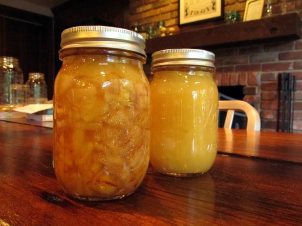 2 apple jars